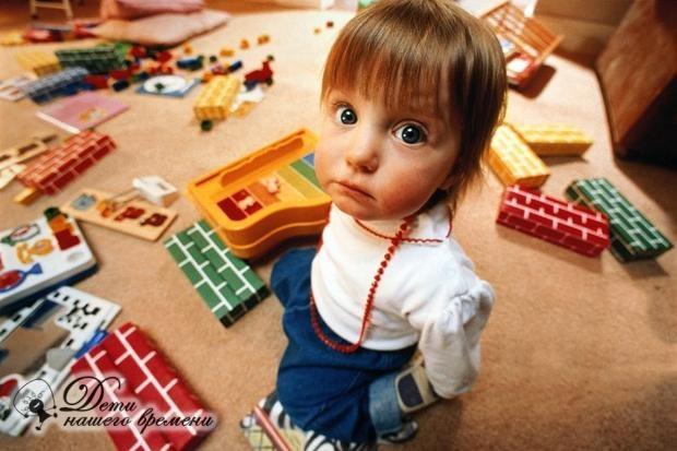 почему ребенок ломает чужие постройки